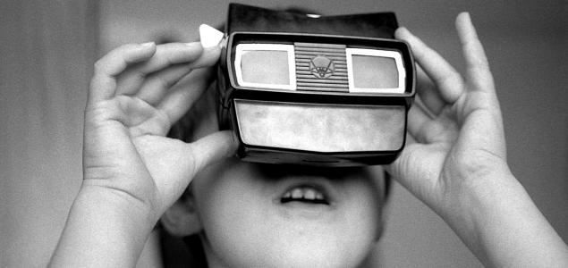 RETORN AL FUTUR (VIRTUAL): IMMERSIÓ I MATERIALITAT DIGITAL ALS MUSEUS